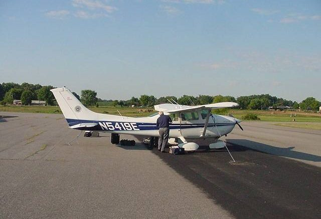 Civil Air Patrol Cessna 182R, N5419E